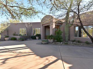 Southwest Secluded Luxury Home & Casita -- Ask about using our 7-Passenger SUV