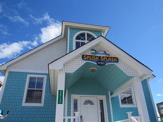 Splish Splash - 6 BR Oceanfront home - Splash Pad