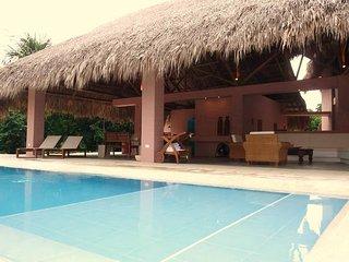 Casa de Lujo en Palomino, con Playa Privada y Servicio de Limpieza