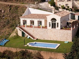 Villa large garden Private Pool Mijas Fuengirola