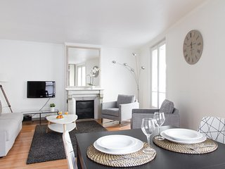 23. PRESTIGIOUS LOCATION-LOUVRE-RUE SAINT HONORE, Parijs