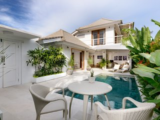 Bright and airy beachside Sanur - Villa Jasmine - Cool Bali Villas