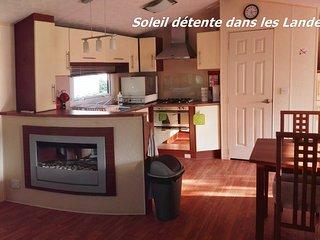 Mobile Home 2 ch proche du lac tout confort entièrement équipé village 4 étoiles, Gastes