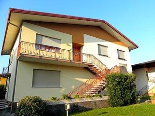 Apartment in Villa with Garden - Free Parking, Vittorio Veneto