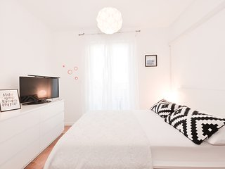Lovley A&M ap Milicic, 3bdm, sea views, close to beaches , pools and playgrounds, Cavtat