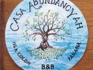 Casa Abundancyah B&B - La. Mariposa room, Bocas Town