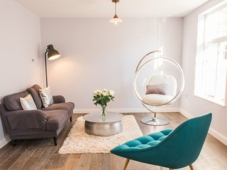 The Apartment - boutique meets chic