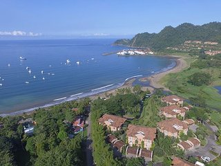 Style & Grace await in this Ocean View Condo at Los Sueños! Great Location!