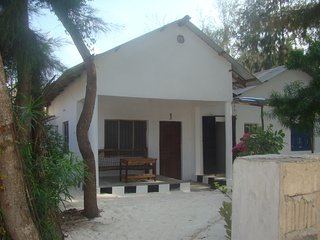 NUNGWI ASYIA BEACH BUNGALOW 2 PEOPLE, Nungwi