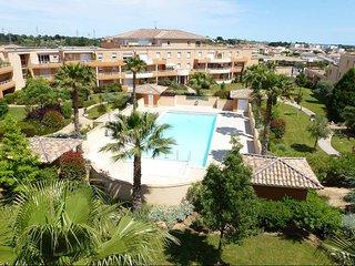 Villa Bergame Appart 100m² - 3 chambres - Piscine chaufée - Plage 10min, Béziers