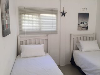 2 Roomed Self Catering Flatlet
