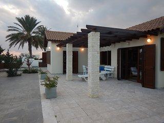 Villa Eva, Ayios Theodhoros