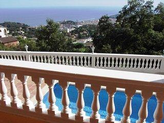 Villa avec Piscine et vue mer exceptionnelle a Roca Grossa