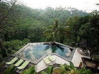 Beji Ubud Resort - Lumbung family (2 storey villa)