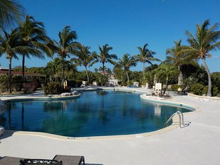 Caicos Dream large oceanview 3 bedroom condo at beautiful Northwest Point Resort, Providenciales