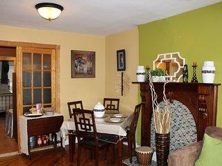 1 Bedroom - Beautiful and Cozy in Bklyn Brownstone