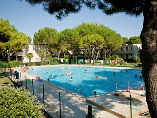 Two Bedrooms Apartment in Residence - Pool - Parking - Beach Place & Amenities, Bibione