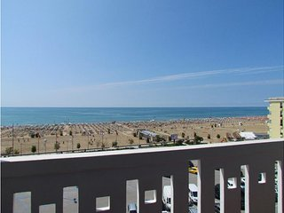Beachfront Two Bedrooms Apartment - Airco - Parking - Beach Place and Amenities