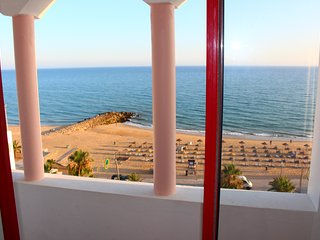 3 bedroom Apartment rental by the sea!!
