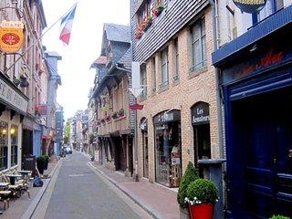 Pebble House, Normandy, Honfleur