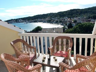 Seaview Apartment in Tisno Near Center TP76A1