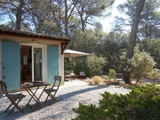 MAISON D'HÔTES AVEC PISCINE PRIVEE A CÔTE D'AIX, Aix-en-Provence