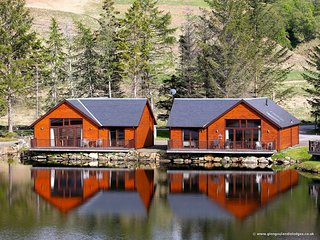 Glengoulandie Lodges - On The Waterfront, Aberfeldy