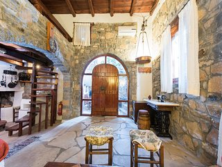 Traditional Home (Efterpi), Elounda