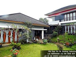 Rumah Sejuk Dago Giri Bandung