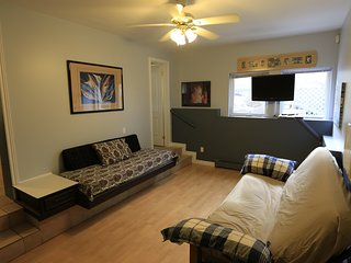 Beach1 Riverfront Villa Suite #2 - Wasaga Beach