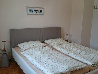 Gästehaus Conny, Heidelberger Ferienwohnung, 2 Zimmer Apartment, 2.OG