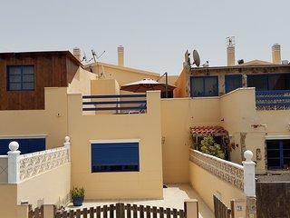 """Duplex-Haus """"La Cabana"""" 2 SchlafZi, Sonnenterrasse mit Meerblick, WiFi Gratis"""