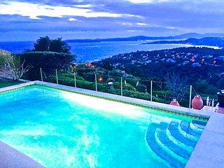 NOUVEAU Villa 5*. Vue mer exceptionnelle. Piscine chauffée, jacuzzi. 9 personnes, Les Issambres