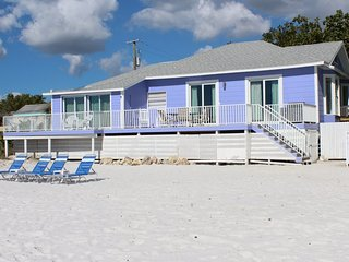 Seashell Cottage is the finest Totally Luxury Beachfront Getaway Near the Pier