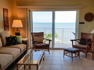 Oceanfront 5th Floor End Unit, Pool, Free WiFi, Panoramic Ocean Views