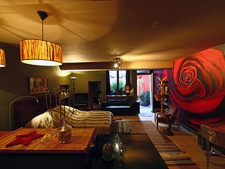 STUDIO BARBARY LANE HOUSE RENTAL BEAUNE HISTORIC CENTER, Beaune