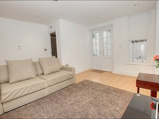 One bedroom apartment WARWICK ROAD, St Johns
