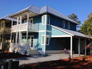 New Custom Home with 2 Master Suites! 8 Bikes!, Santa Rosa Beach