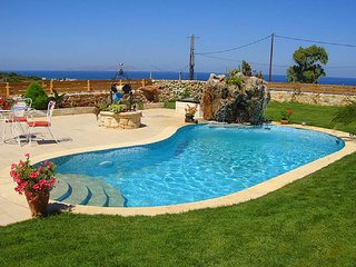 Villa Valentine Ideal for Romantic Couples and Honeymooners