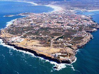 Peniche Up to 7 people. On foot to Gamboa Beach