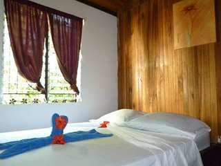 Budget Private Doble Bedroom, Santa Teresa
