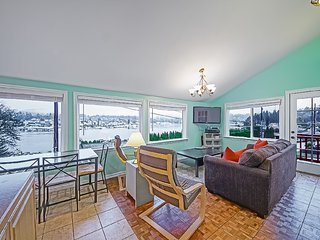 Unbeatable Gig Harbor Bay and Sunset Views - Harbor Fish House