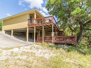 SUNSET COAST 3/2 GORGEOUS LAKE VIEWS AND SUNSETS BY BOAT RAMPS 5 AND 6~WIFI
