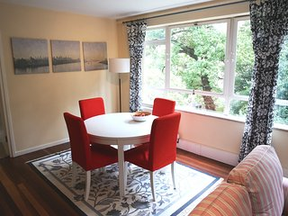 Homely 2 Bedroom Private Apartment