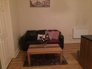 Cork City Center-Self Catering Shared Apartment - Double Room (4 B)