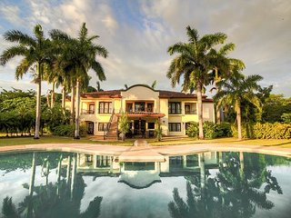 Luxury 8 BR Estate Pool Home in Hacienda Pinilla!, Tamarindo