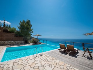 Beachfront modern villas with  private pool and breathtaking view, Agios Nikitas