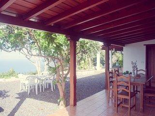Guest House, Casa Los Hinoajles, La Tierra del Trigo