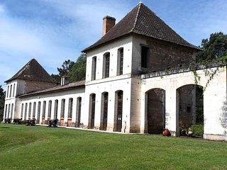Château Neuf Le Désert