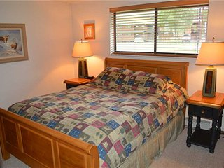 Beaver Village Hotel Unit 513-M